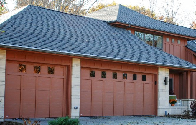 custom garage doors cedar rapids
