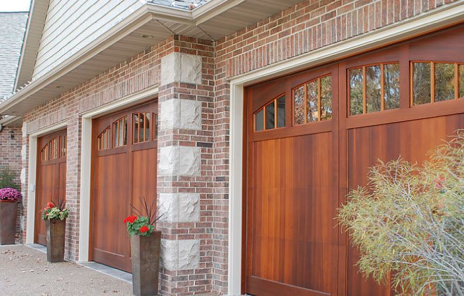 garage doors cedar rapids